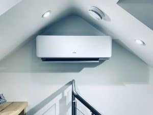 Wall-mount-air-conditioning