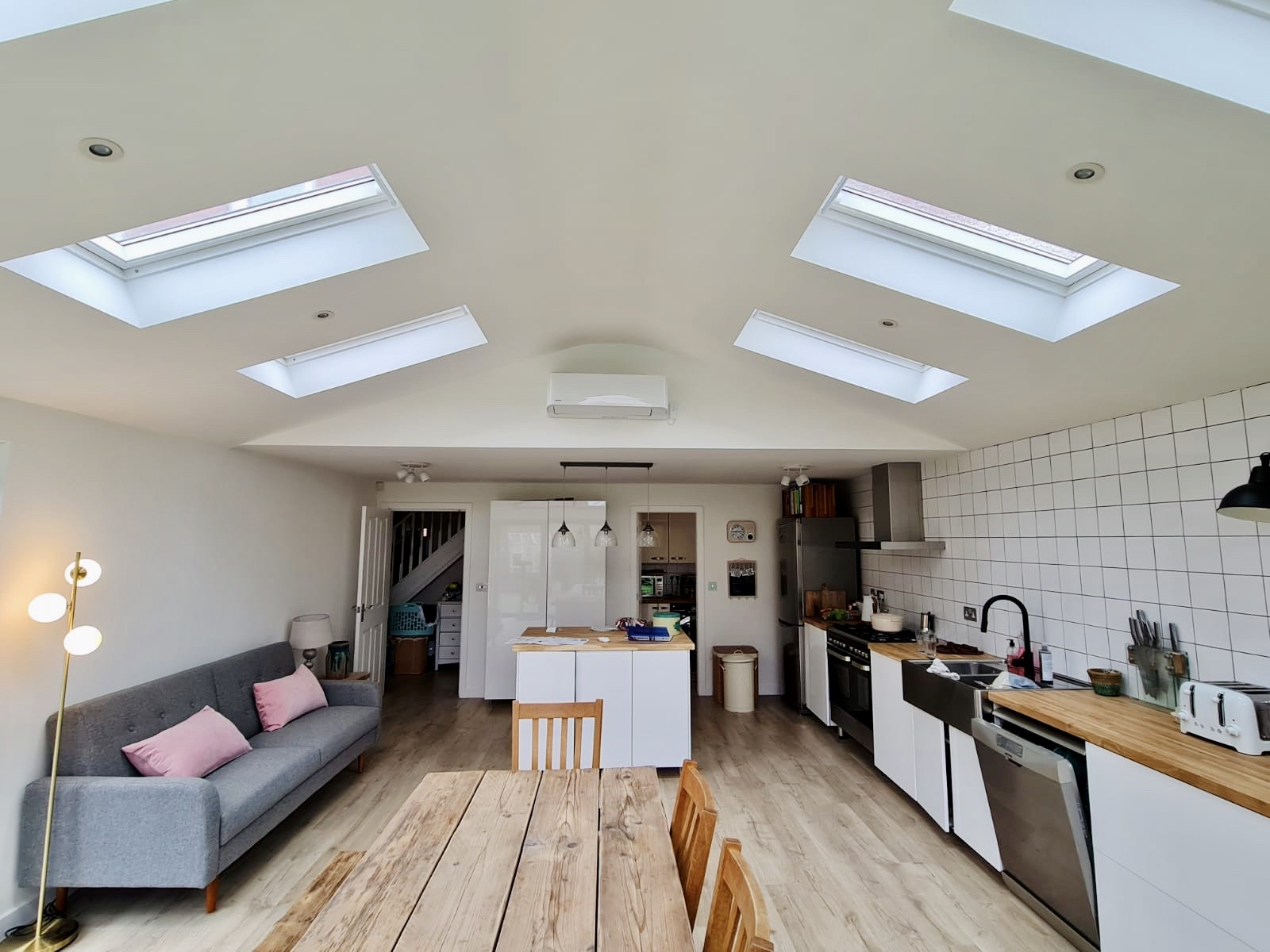 Toshiba wall mount installed in kitchen extension